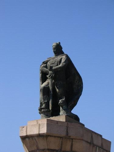 威海邓世昌铜像
