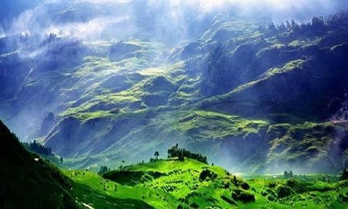 蓝月山谷风景区