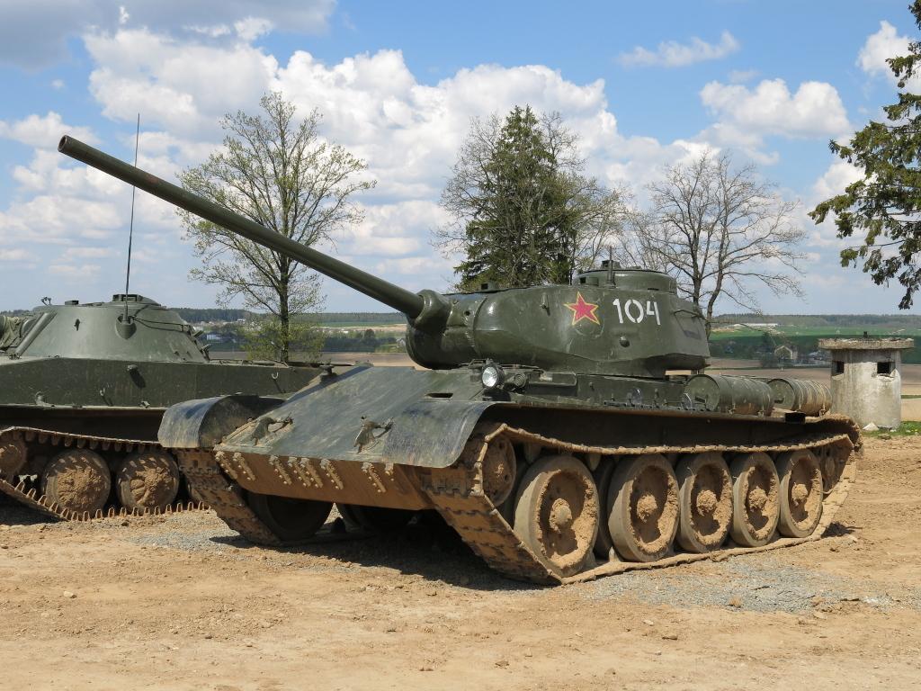 t-54中型坦克