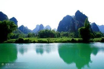 布泉风景区 :广西隆安县布泉风景区隆安县布泉乡 布泉河,龙抬头,大