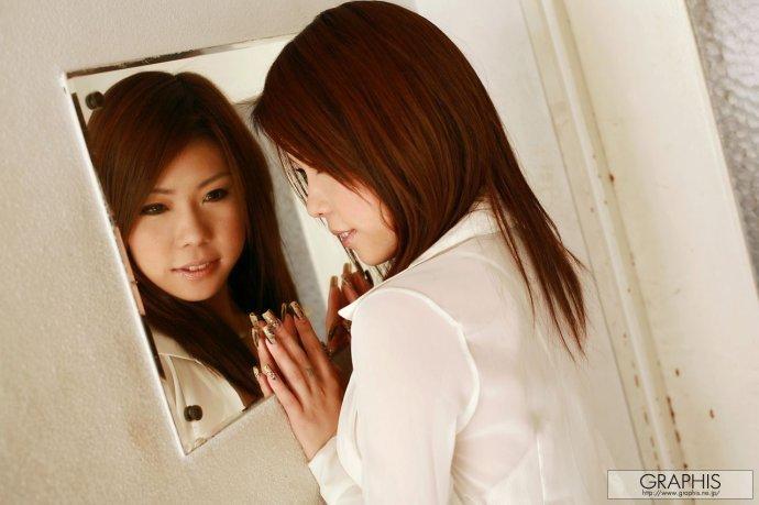 淫荡姐妹a片_后离开tma公司加盟kawaii公司后,与大桥未久结合成av姐妹组合,创造的