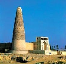 新疆吐鲁番东南郊的苏公塔,又称额敏塔。