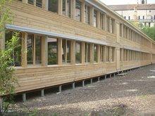地螺丝为基础的木屋建筑