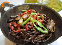 食品干锅茶树菇杂图