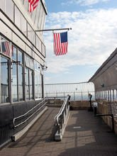 86楼观景台
