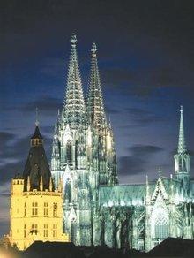 科隆大教堂是哥特式建筑的经典之作