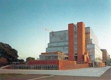 剑桥大学历史系图书馆(1968)