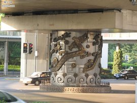 蛀船虫延安路龙柱只是一个传说桩打不进去和杜月笙公馆有关