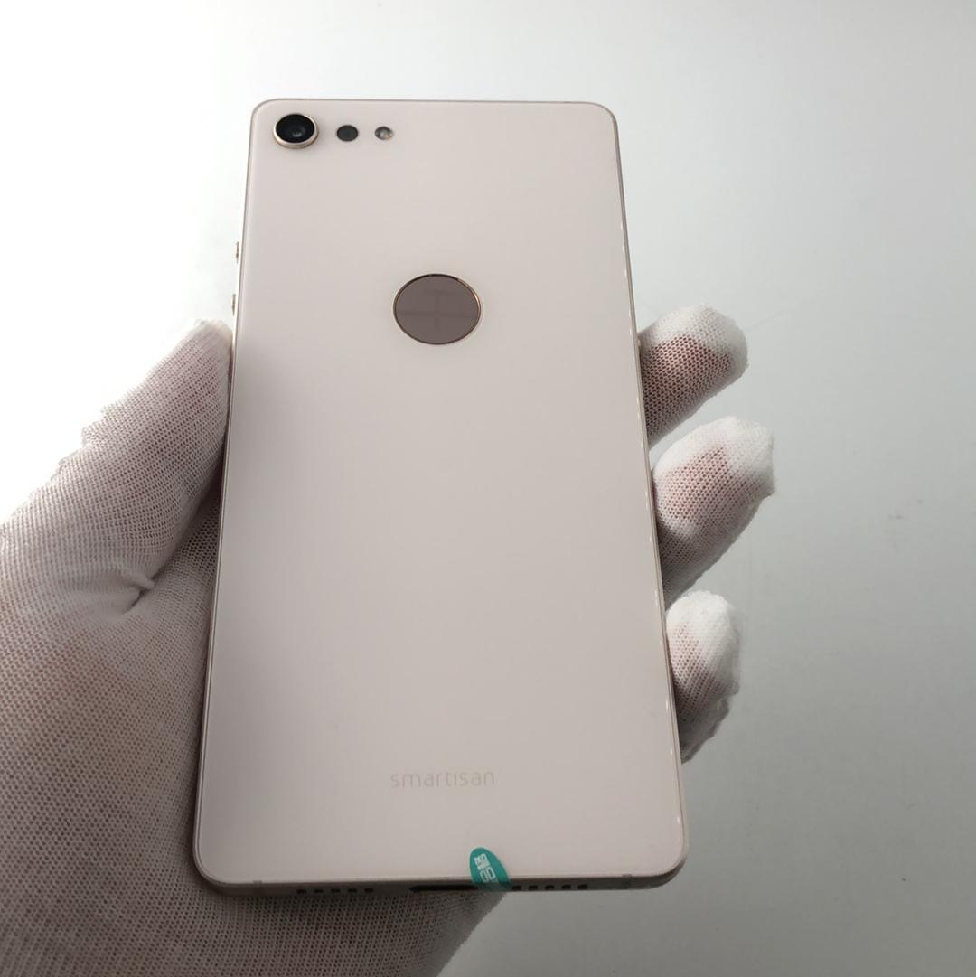 锤子【坚果pro2】4G全网通 白色 64G 国行 99新