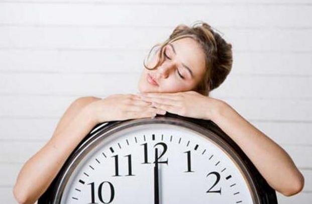 睡眠是人一生很重要的组成,如果晚睡有什么危害?你还会晚睡吗?