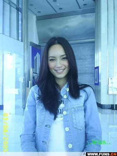 泰国女演员bee_楠迪·宗拉维蒙_360百科